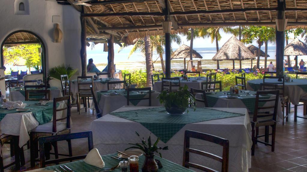 Driftwood Beach Club » Matoke