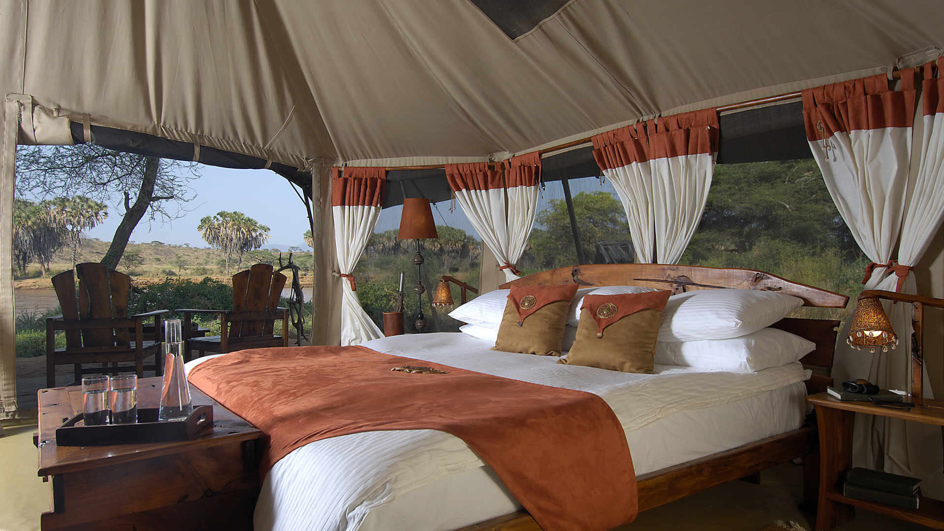 Elephant Bedroom Camp » Matoke