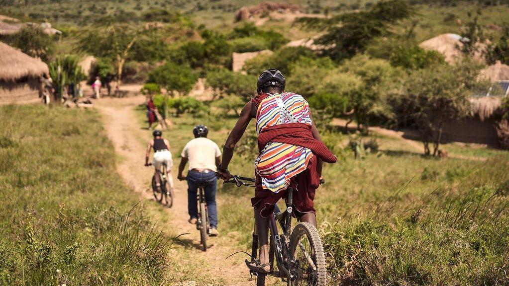 Amini Maasai Lodge - Original Maasai Lodge - Matoke Tours